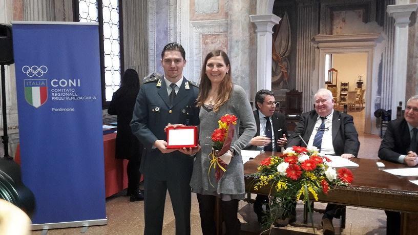 Elisabetta Villa premiata per i suoi meriti sportivi presso Palazzo Ragazzoni di Sacile